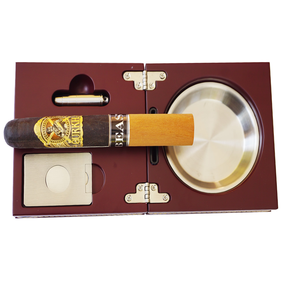 The Compact with Leather - Folding Cigar Ashtray with Cigar Cutter